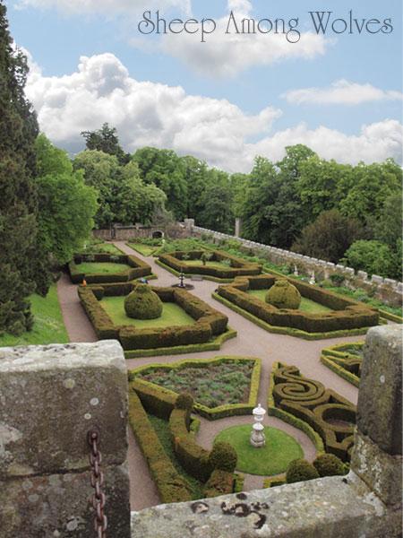 Highbank-Italian-Gardens
