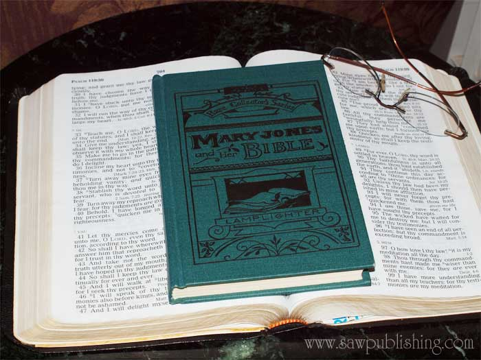Mary Jones and Her Bible is based on the true account of the birth of the British and Foreign Bible Society.