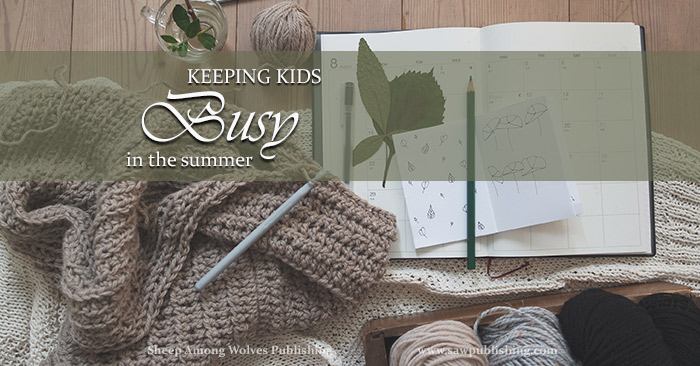 Are you feeling guilty because you secretly dread the task of keeping little hands out of mischief during long summer days? This post gives some tips for how to keep kids busy – and learning – during the weeks when they aren't in school.